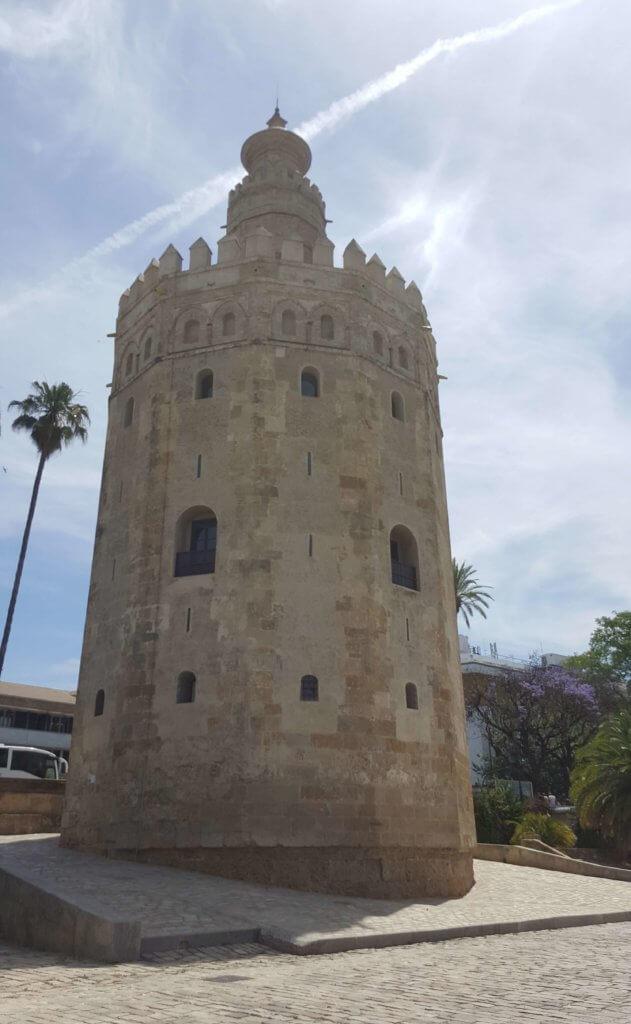 Der Torre del Oro in Sevilla