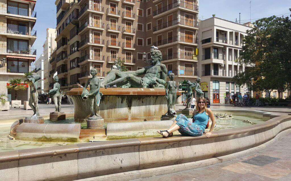 Der Neptunbrunnen am Plaza de la Virgen