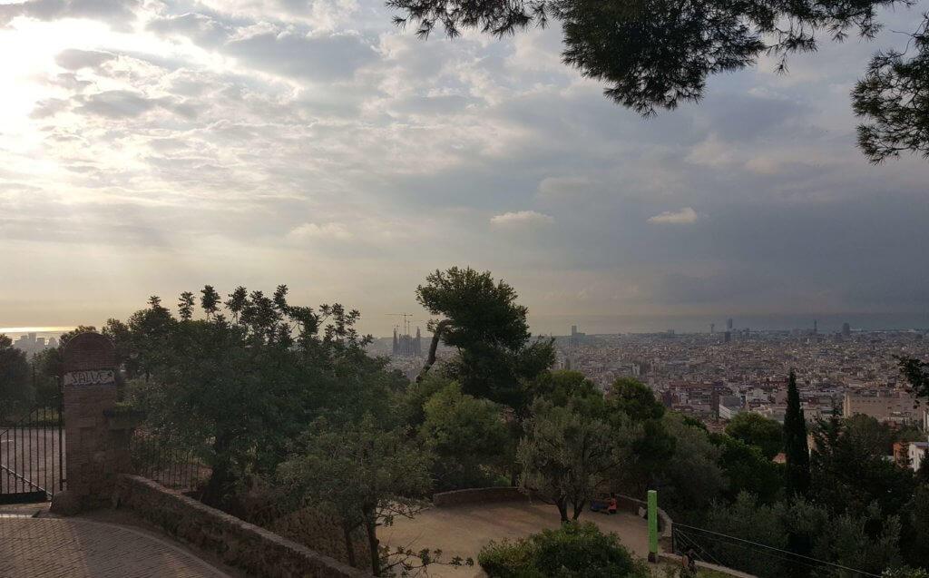 Sonnenaufgang über Barcelona