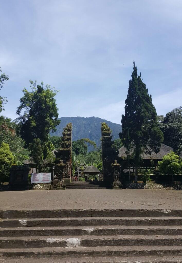 Der Eingang zum Tempel Pura Luhur Batukaru