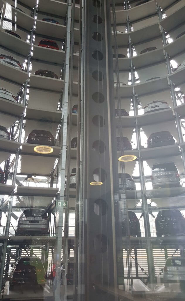 im Autoturm