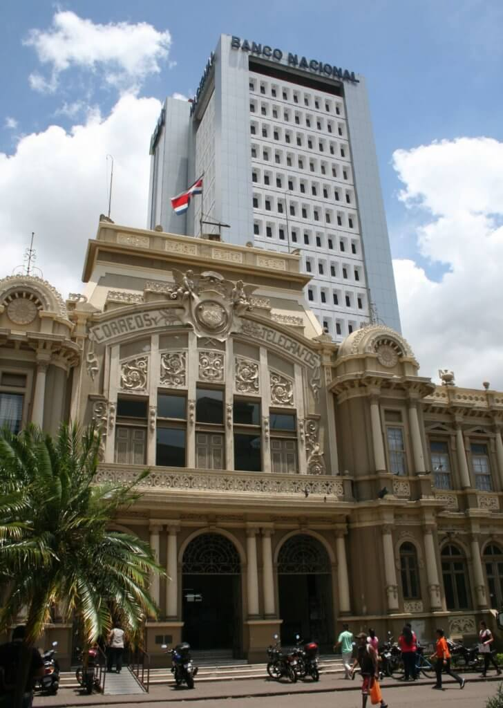 Das Edificio Central de Correos