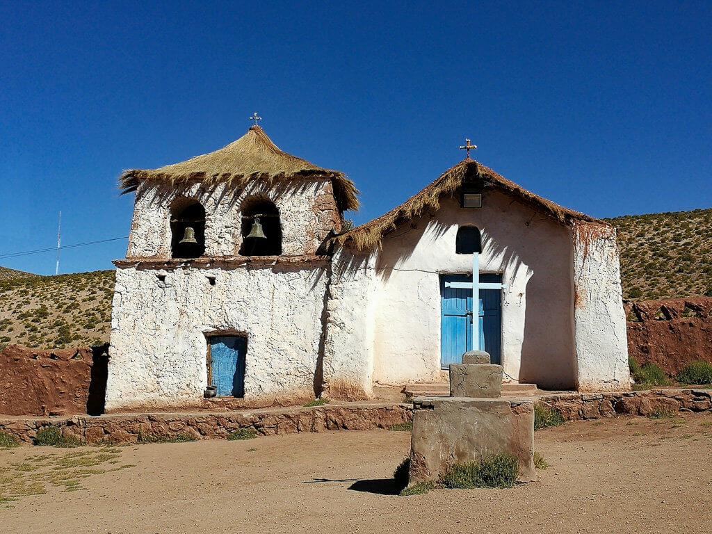 kleine Kathedrale in der Atacama-Wüste